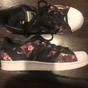 adidas Shoes - Adidas floral sneakers size us 6.5 fits size 7